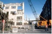 Permis de construire et mises en chantier aux USA en 2010 : scotchés au fond du trou